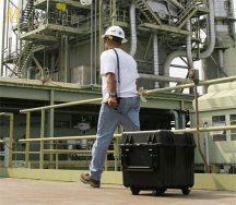 Peli 0340 gurulós kocka alakú műanyag táska, védőtok, fotós táska, választható felszereltséggel Belső: 457x457x457 mm