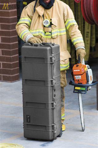 1f0efe937a65 Peli 1740 gurulós műanyag táska, védőtok, védőtáska, fegyvertáska,  választható felszereltséggel Belső: 1040x328x308 mm